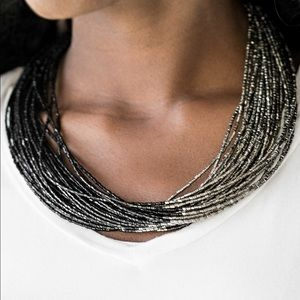 Jewelry - Black and silver seed bead necklace. NWT.
